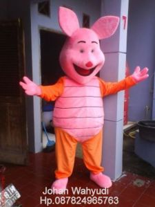 kostum badut piglet